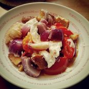 Baked Red Onion and Goats Cheese Salad