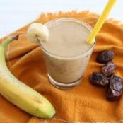 Date and Banana Smoothie
