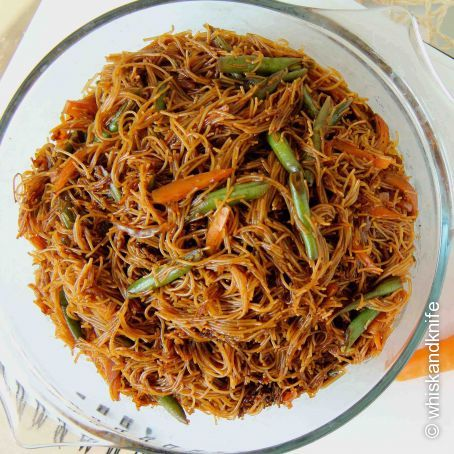 Recipe: Fried Bee Hoon (Asian-style Fried Rice Vermicelli), rated 1.9 ...
