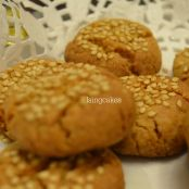 Chickpea cookies with sesame