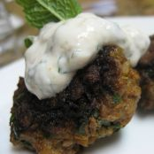 Mini lamb burgers with mint yoghurt