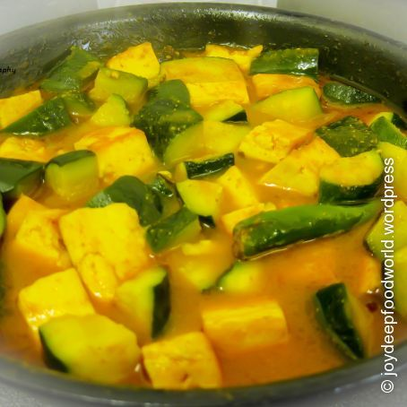 Zucchini Paneer ( Courgettes and Indian cottage cheese Curry)