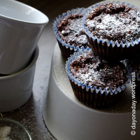 Recipe Moist Chocolate Pear Cupcakes Rated 3 3 5 118 Votes