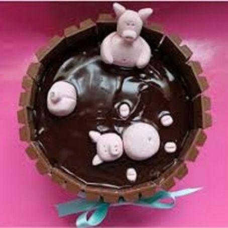 Chocolate Kit Kat Cake With Pigs Recipe