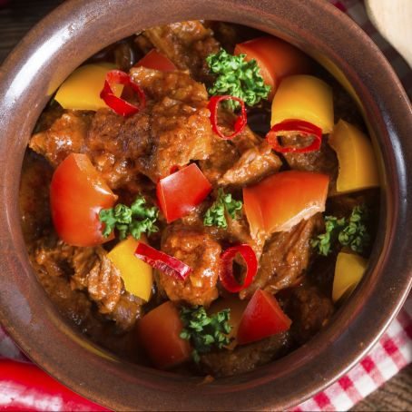 Veggie lamb and apple curry