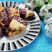 Vanilla Cookies Dipped In Chocolate - Little Hearts