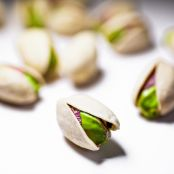 AMERICAN PISTACHIOS WITH GINGER, CARDAMOM & LEMON