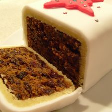 seasonal christmas cake