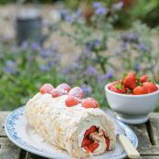 Sweet Eve Strawberry Meringue Roulade with Mascarpone