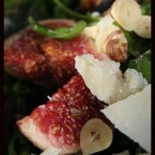 Fancy rocket salad with figs and parmesan shavings