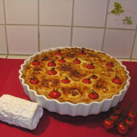 Tuna and tomato tart with Neufchâtel cheese