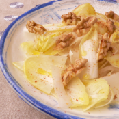 Chicory salad with walnuts