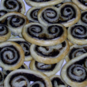 Tapenade palmiers (palm tree tapenade biscuits)