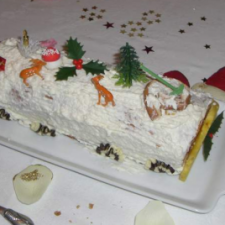 Christmas cake with raspberry