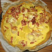 Potato, lardons and goat cheese tart