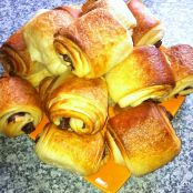 Recipe: Pain au chocolat with Nutella, rated 3.3/5 | Gourmandize UK Ireland Gourmandize.co.uk