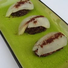 Pear & chocolate sushi