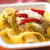 Pasta with puréed aubergines and peppers