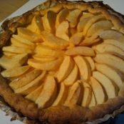 Easy apple tart with orange blossom