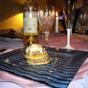 Millefeuille of sausage and apples with it's devilish sauce