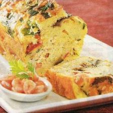 Cake with prawns and mozzarella