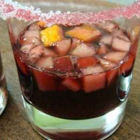 Sangria with peaches and apples